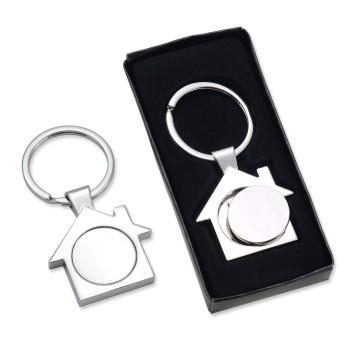 מחזיק מפתחות בית עם מטבע נשלף