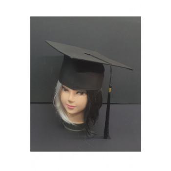 כובע סטודנט איכותי עשוי בד קשיח בחלק העליון. TSF-סטודנט